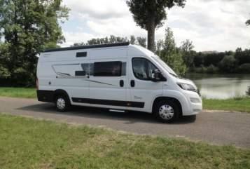 Hire a motorhome in Esslingen am Neckar from private owners| Karmann ES Davis