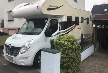 Hire a motorhome in Walluf from private owners| Ahorn Riesling 1