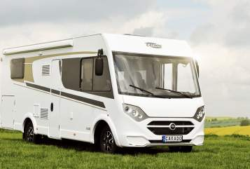 Hire a motorhome in Struppen from private owners| Carado CARADO I447