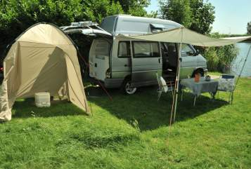 Hire a motorhome in Weesp from private owners| Volkswagen  Joey Westfalia