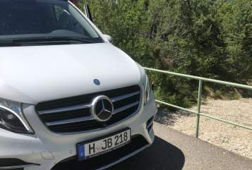 Hire a motorhome in Hannover from private owners  Mercedes V-Klasse AMG Marco