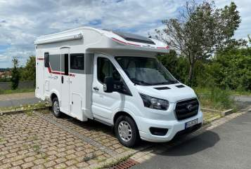 Hire a motorhome in Stegaurach from private owners| Roller Team Kronos