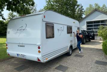 Hire a motorhome in Raa-Besenbek from private owners| Tabbert Tabbert Davinci