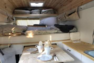 Hire a motorhome in Wermelskirchen from private owners| MERCEDES-BENZ  Gunnar