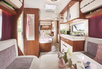 Hire a motorhome in Rottenburg am Neckar from private owners| Hobby Sommertraum