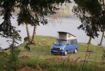 Hire a motorhome in Lippstadt from private owners| VW T4 california blue
