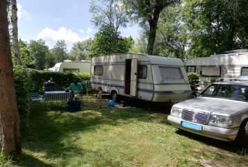 Hire a motorhome in Wolfenbüttel from private owners| WILK Jack