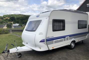 Hire a motorhome in Atzelgift from private owners| Hobby Hobby
