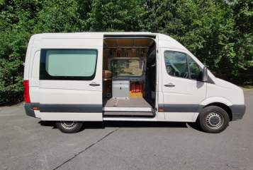 Hire a motorhome in Coburg from private owners| VW Chaoscamper