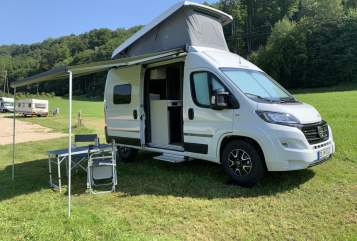 Hire a motorhome in Isen from private owners| Hymer Harry
