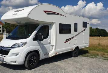 Hire a motorhome in Nürnberg from private owners| PLA Happy