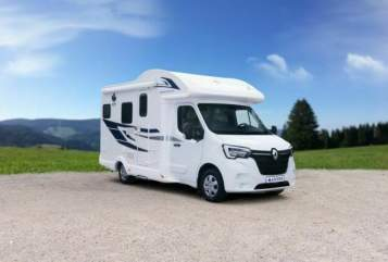 Hire a motorhome in Sulzemoos from private owners  Ahorn  660 Plus