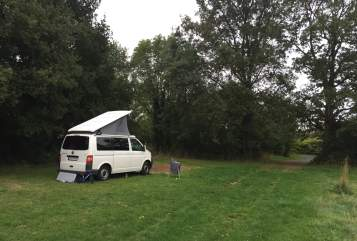 Hire a motorhome in Leonberg from private owners| Volkswagen JAAMper