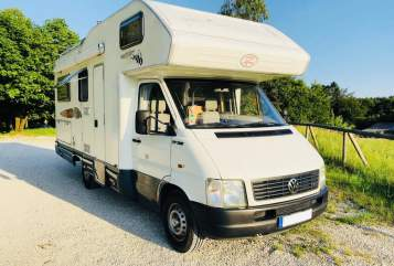 Hire a motorhome in Düsseldorf from private owners| VW LT Due Erre