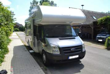 Hire a motorhome in Melbeck from private owners| LMC Ludwig