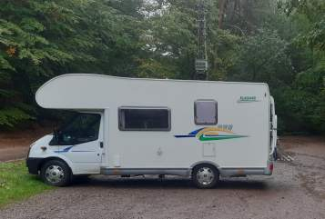 Hire a motorhome in Vaihingen an der Enz from private owners| Ford Transit Chausson  Womo