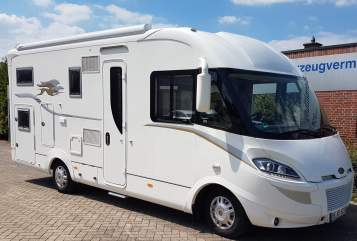 "Hire a motorhome in Nordhorn from private owners| Laika Laika Kreos 6010 "" Dolce Vita inkl."""