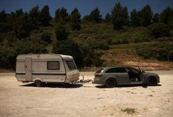 Hire a motorhome in Ober-Ramstadt from private owners| Hobby Emme
