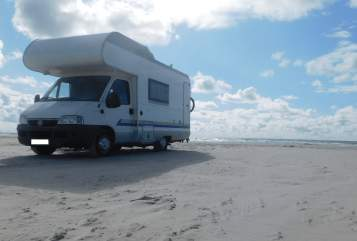 Hire a motorhome in Kiel from private owners| Bürstner Bürsti