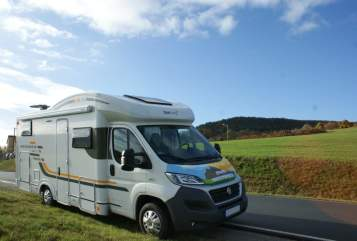 Hire a motorhome in Jena from private owners| SunLiving Fiat Sun Living 45SP Lido Hybrid Rocky Fiat
