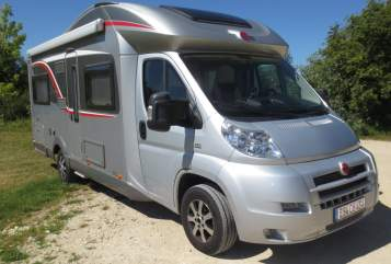 Hire a motorhome in Frickenhausen from private owners  Bürstner Lucky