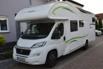 Hire a motorhome in Gau-Odernheim from private owners| Forster Forster 734 VB