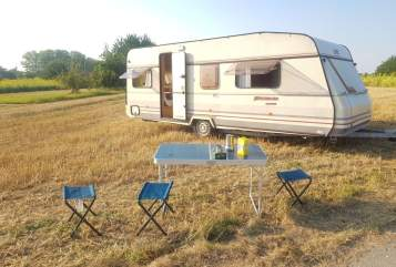 Hire a motorhome in Mannheim from private owners| LMC Tiny Lena