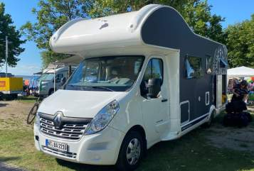 Hire a motorhome in Baltmannsweiler from private owners| Renault Maui / Hawaii