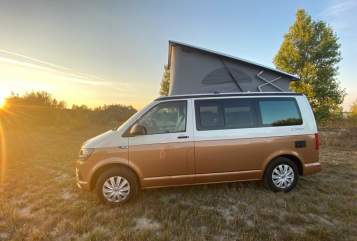 Hire a motorhome in Leipzig from private owners| VW VW T6 CaliCoast