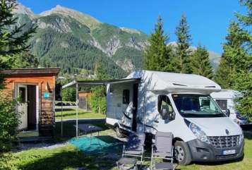 Hire a motorhome in St. Ingbert from private owners| Renau Didi