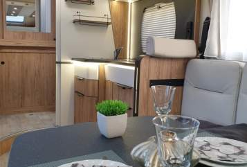 Hire a motorhome in Solingen from private owners  Pilote  *Starfinder*