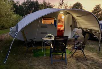 Hire a motorhome in Ludwigsfelde from private owners| Tabbert Snoopy