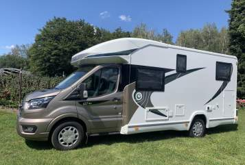 Hire a motorhome in Tönisvorst from private owners| Chausson  Greta