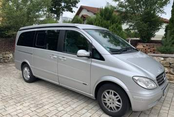 Hire a motorhome in Kelheim from private owners  Mercedes  Santiago