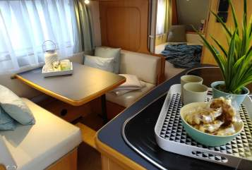 Hire a motorhome in Dunningen from private owners  LMC  LMC 530 Family