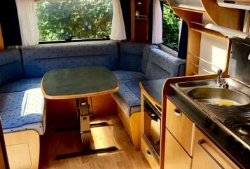 Hire a motorhome in Frankfurt am Main from private owners| Hymer  Horst