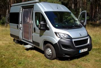Hire a motorhome in Wesseling from private owners| Peugeot  Bruno nur 5,4 m