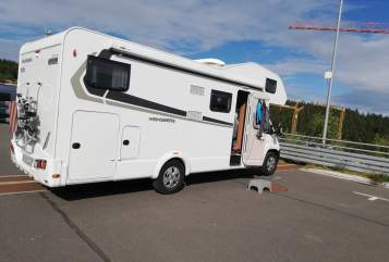 Hire a motorhome in Haundorf from private owners| Weinsberg Gunhat