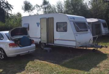 Hire a motorhome in Nürnberg from private owners| Knaus Flying Dutchman