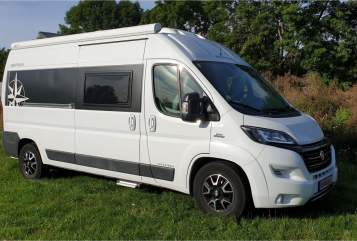 Hire a motorhome in Braunschweig from private owners| Westfalia Columbus Carly