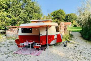 Hire a motorhome in Lautrach from private owners| Hymer Gina Linetti