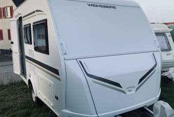 Hire a motorhome in Böblingen from private owners  Weinsberg Cara