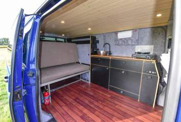 Hire a motorhome in Bielefeld from private owners| VW Hugo