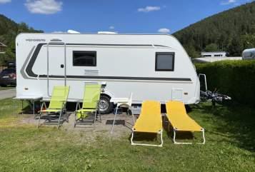 Hire a motorhome in Reichertshofen from private owners| Knaus Tabbert Teddy Klima