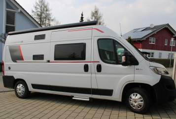 Hire a motorhome in Sigmaringendorf from private owners| Roller Team Livingstone