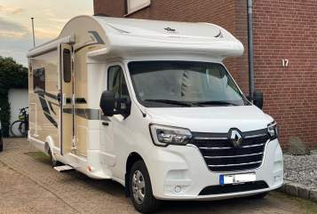 Hire a motorhome in Dorsten from private owners| Ahorn Johnny