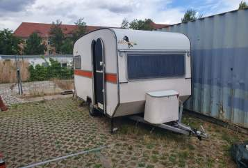 Hire a motorhome in Leipzig from private owners| Knaus Bonanza