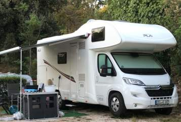 Hire a motorhome in Büchel from private owners  PLA Aida Luca