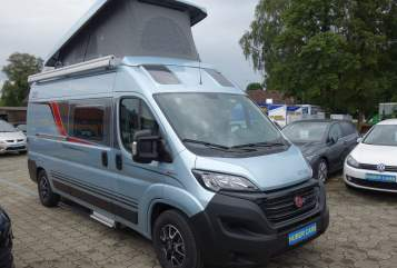Hire a motorhome in Ravensburg from private owners| Bürstner Freedom