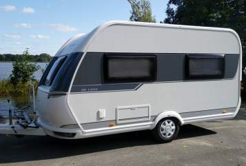 Hire a motorhome in Doberlug-Kirchhain from private owners| Hobby Hobby 1